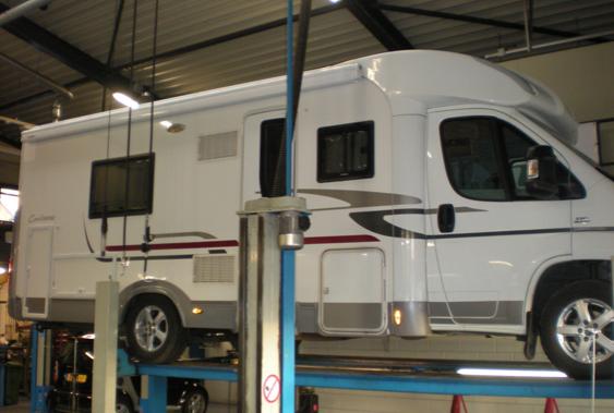 onderhoud aan een camper bij Dieselspecialist Jacobs & Gouw